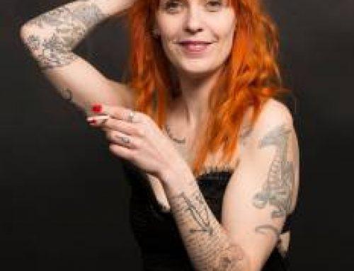 Lily Verda habille l'écrivaine Héloïse Guay de Bellissen